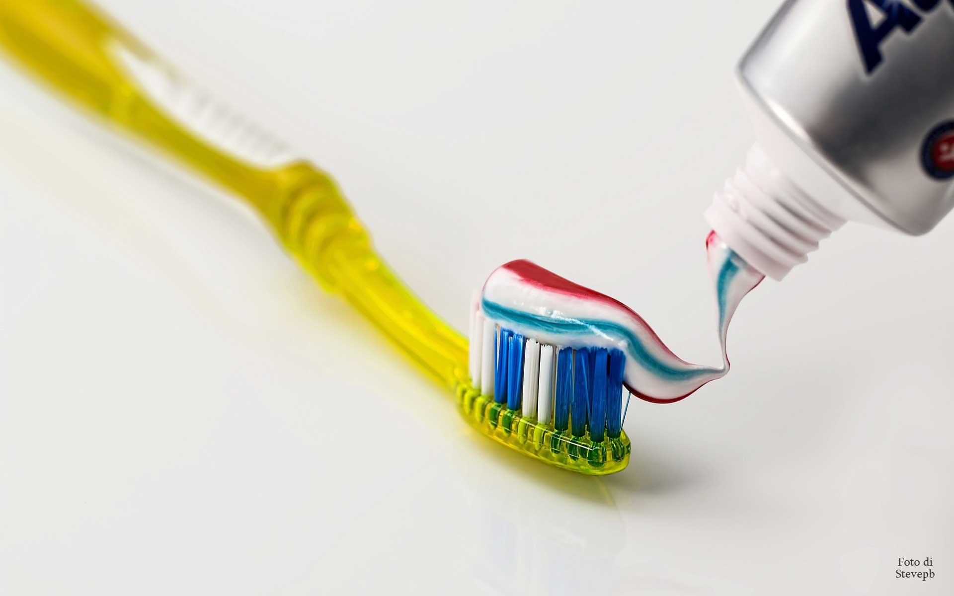 placca batterica come difendersi - Dentista fabio Moriconi
